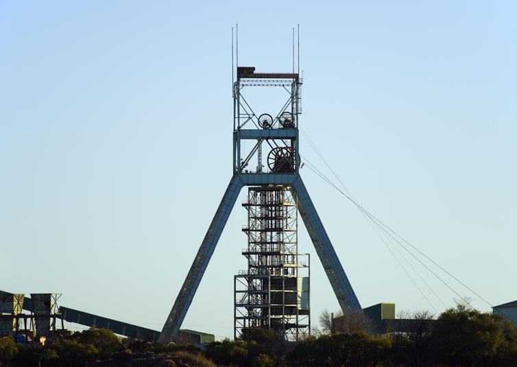 NewcoUSA_Mining_pitcage_754x535